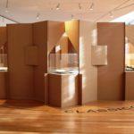 Cem tesouros da Biblioteca Pública do Porto em cenário contemporâneo