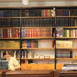 Pretende adquirir conhecimentos sobre o atendimento nas bibliotecas? Esta formação é para si!