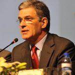 Uma associação profissional constitui-se e mantém-se pela livre vontade dos seus membros - António Pina Falcão